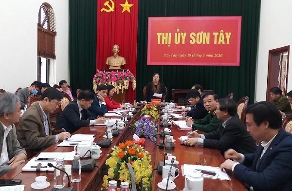 Phó Bí thư Thành ủy - Chủ tịch HĐND TP Nguyễn Thị Bích Ngọc kiểm tra tại Sơn Tây