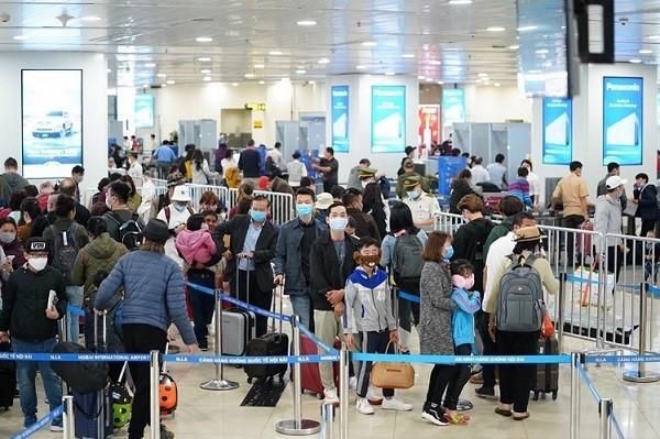 Từ đêm này, tất cả hành khách nhập cảnh từ các nước vào Việt Nam đều được cách ly tập trung