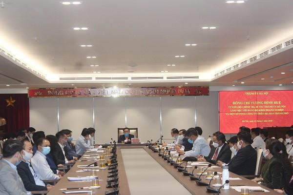 Bí thư Thành ủy Vương Đình Huệ làm việc với Đảng bộ khối doanh nghiệp Hà Nội