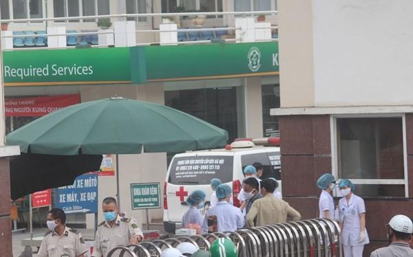 """Bệnh viện Bạch Mai thực hiện """"nội bất xuất, ngoại bất nhập"""" từ sáng 28-3"""