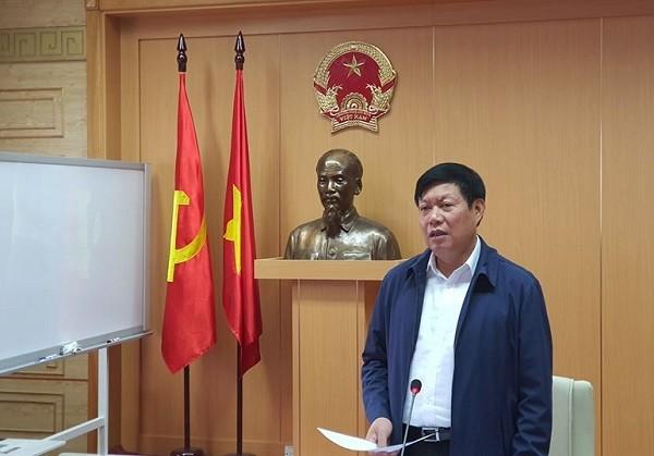 Thứ trưởng Bộ Y tế Đỗ Xuân Tuyên phát biểu tại hội nghị