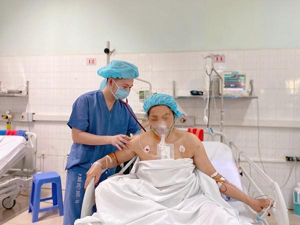 Hai ngày sau ca mổ, bệnh nhân T.T.S. đã có thể ngồi dậy và đang hồi phục tốt