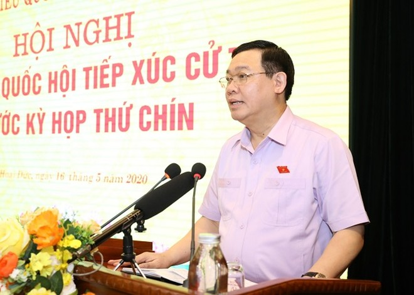 Bí thư Thành ủy Vương Đình Huệ tiếp thu và trả lời ý kiến các cử tri