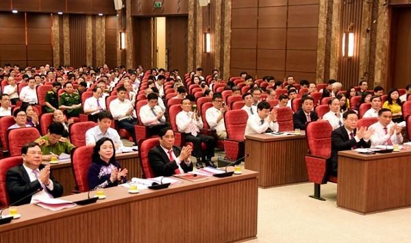 Các đại biểu dự hội nghị sáng 19-5