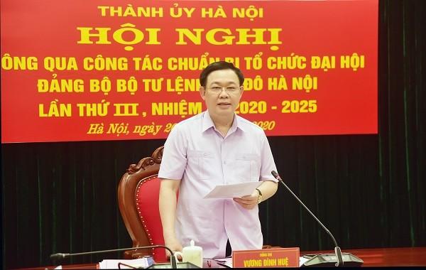 Đồng chí Vương Đình Huệ kết luận hội nghị
