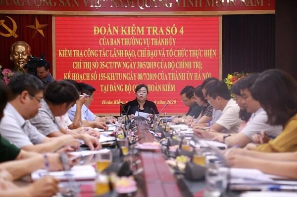 Phó Bí thư Thành ủy - Chủ tịch HĐND TP Nguyễn Thị Bích Ngọc kiểm tra tại Đảng bộ quận Hoàn Kiếm