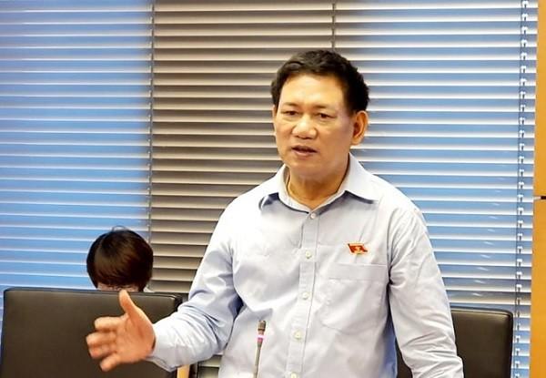 Tổng Kiểm toán Nhà nước Hồ Đức Phớc phát biểu thảo luận tại tổ