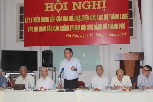 Trưởng Ban Tuyên giáo Thành ủy Hà Nội Nguyễn Văn Phong tiếp thu các ý kiến góp ý