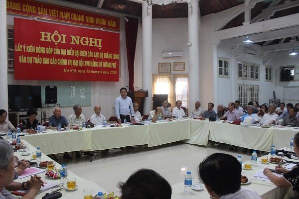 Toàn cảnh hội nghị góp ý tại Câu lạc bộ Thăng Long