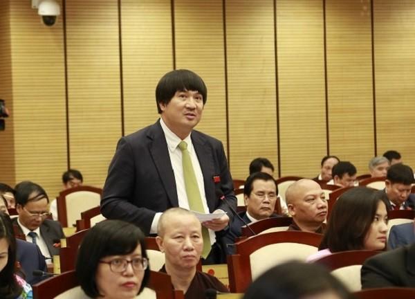 ĐB Phạm Đình Đoàn phát biểu thảo luận về kinh tế - xã hội