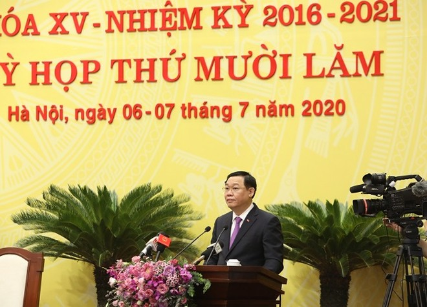 Bí thư Thành ủy Vương Đình Huệ phát biểu tại kỳ họp thứ 15 của HĐND TP Hà Nội