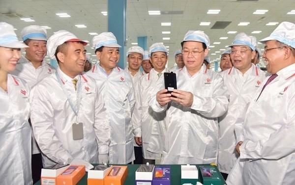 Đã có một số sản phẩm công nghệ cao tiêu biểu được sản xuất tại khu công nghệ cao Hòa Lạc