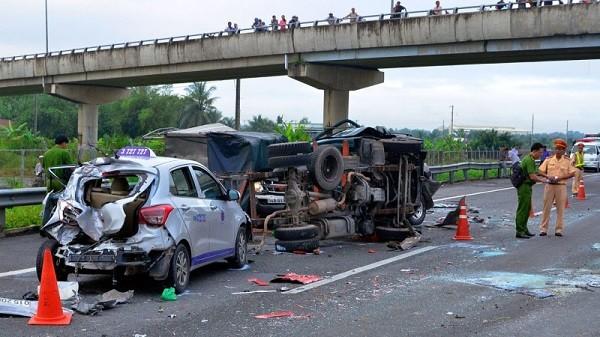 Bộ trưởng Tô Lâm nhấn mạnh vấn đề đảm bảo an toàn giao thông là cấp bách