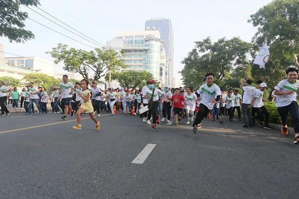 Không khí Ngày chạy Olympic vì sức khỏe toàn dân năm 2020