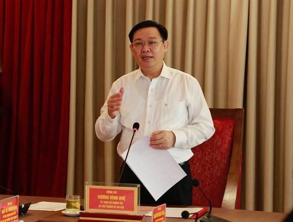 Bí thư Thành ủy Vương Đình Huệ phát biểu tiếp thu các ý kiến góp ý
