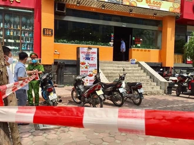 Hà Nội phong tỏa một cửa hàng ở quận Cầu Giấy là nơi làm việc của ca nghi nhiễm Covid-19