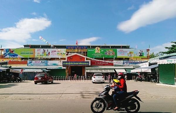 Chợ Cẩm Lệ - một trong những địa điểm bệnh nhân Covid-19 ở Đà Nẵng từng đến