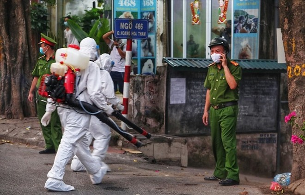 Phong tỏa ngõ bệnh nhân sinh sống ở phố Hoàng Hoa Thám