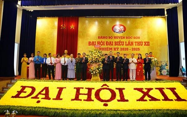 Đại hội đại biểu Đảng bộ huyện Sóc Sơn bước vào phiên làm việc chính thức sáng 30-7