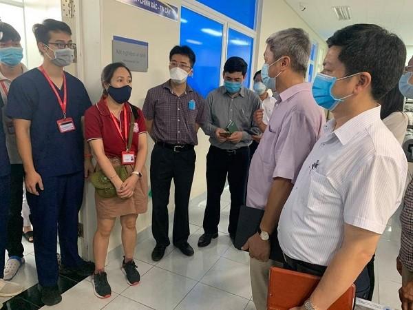 Quảng Nam giãn cách xã hội ở 6 huyện, 20 chuyên gia từ Hà Nội và TP.HCM vào hỗ trợ ảnh 1