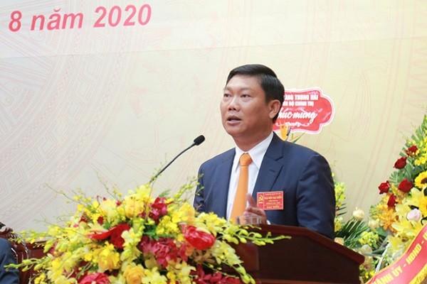 Tân Bí thư Quận ủy Tây Hồ Đỗ Anh Tuấn phát biểu tại đại hội