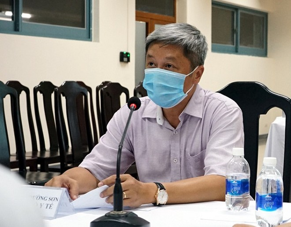 Thứ trưởng Nguyễn Trường Sơn chỉ đạo chống dịch ở Đà Nẵng