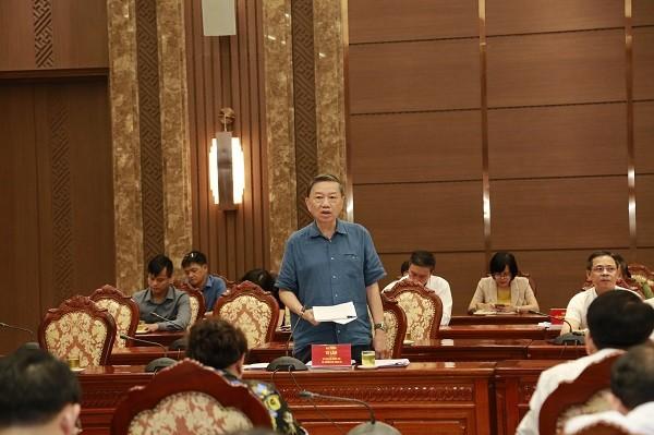 Bộ trưởng Bộ Công an Tô Lâm góp ý tại hội nghị