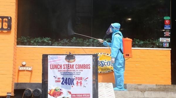Ca mắc Covid-19 thứ 6 ở Hà Nội là F1 của bệnh nhân 447 - nhân viên cửa hàng Pizza
