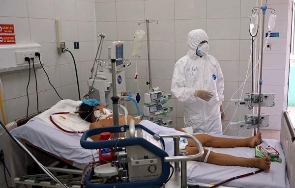 Điều trị bệnh nhân Covid-19 nặng tại Bệnh viện Phổi Đà Nẵng