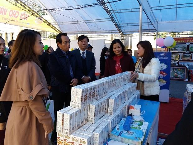 Hội chợ Vàng khuyến mại có sự tham gia của các thương hiệu Việt Nam uy tín