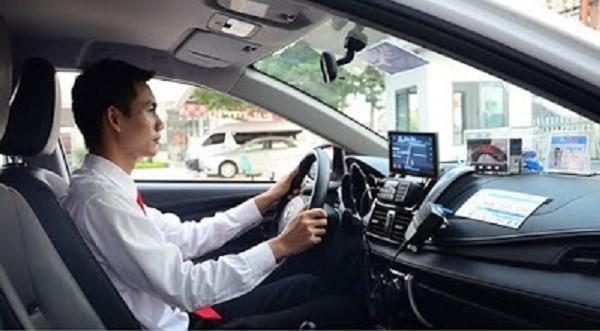 Doanh nghiệp vận tải cần ứng dụng công nghệ để cạnh tranh