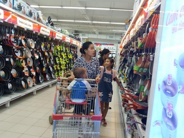 CPI tháng 8 tăng 0,45% do nhiều nhóm hàng hóa, dịch vụ tiếp tục tăng giá
