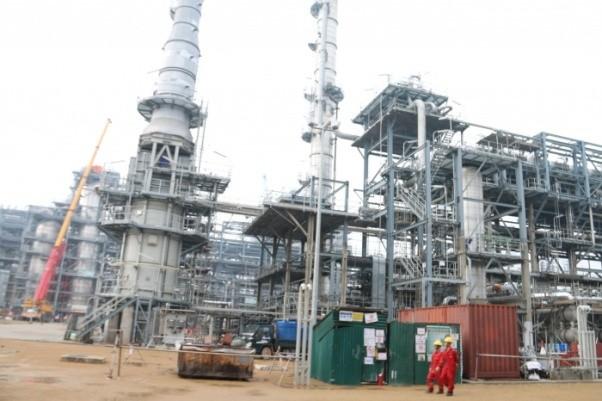 Việt Nam giảm phụ thuộc vào xăng dầu nhập khẩu