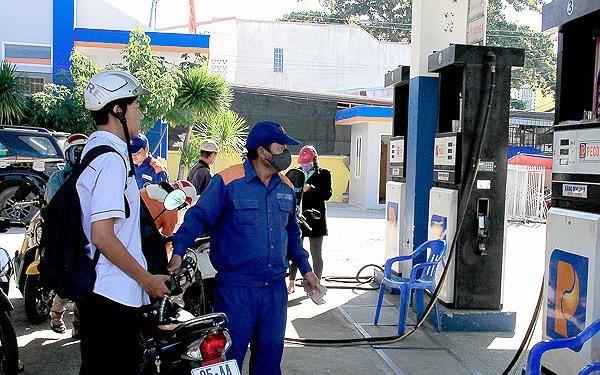 Giá xăng dầu tăng mạnh từ đầu tháng 4-2019