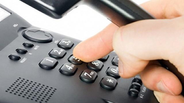 """Cẩn trọng với cuộc gọi đề nghị """"nộp tiền nhận quà"""" qua điện thoại từ số máy lạ"""