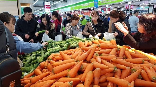 Rau xanh tăng giá mạnh dù giữa mùa thu hoạch