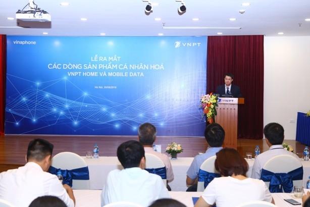 Ông Nguyễn Trường Giang- Phó Tổng giám đốc VinaPhone khẳng định, VNPT VinaPhone đang phục vụ khách hàng ngày càng tốt hơn