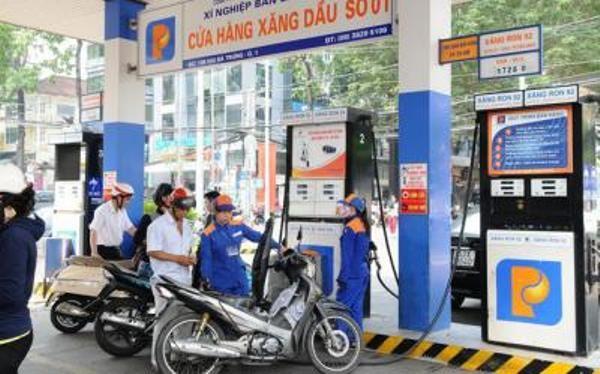 Giá xăng giảm lần thứ tư liên tiếp