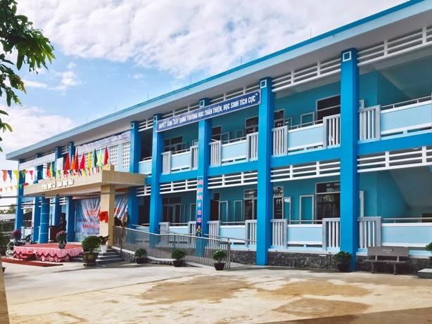 Trường Tiểu học Quảng Thái khang trang, theo đúng tiêu chuẩn quốc gia vừa được khánh thành và đưa vào hoạt động