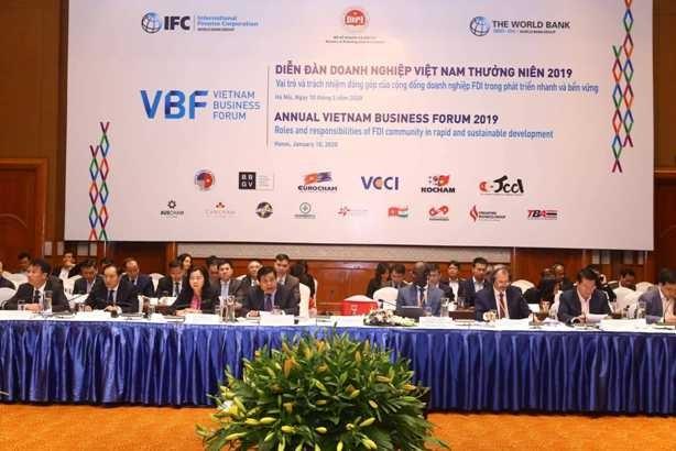 VBF cuối kỳ 2019 bàn giải pháp tiếp tục cải thiện môi trường kinh doanh (ảnh: Phú Khánh)