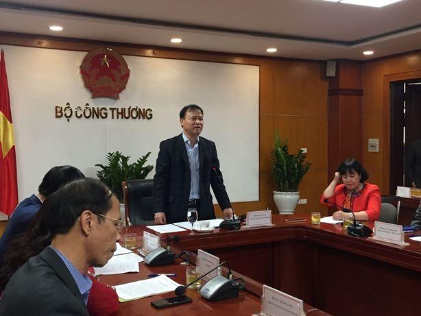 """Thứ trưởng Bộ Công Thương Đỗ Thắng Hải chủ trì cuộc họp khẩn """"giải cứu"""" nông sản chiều 11-2"""