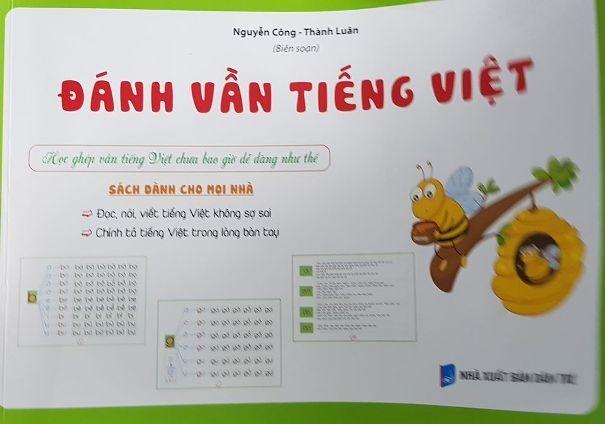 """Cuốn sách """"Đánh vần tiếng Việt"""" bị phát hiện nội dung không phù hợp"""