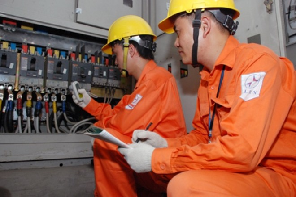 Bộ Công Thương xin lùi thời gian báo cáo phương án điều chỉnh biểu giá bán lẻ điện sinh hoạt