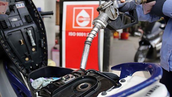 Kiểm tra ngay tình trạng doanh nghiệp đầu mối và đại lý xăng dầu găm hàng, chờ tăng giá