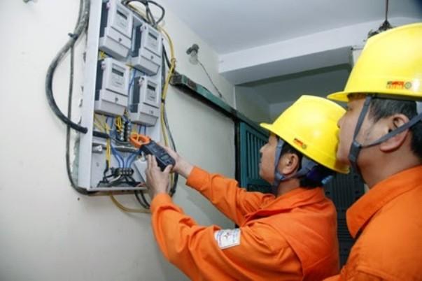 Cung ứng điện gặp nhiều khó khăn do thời tiết và thủy văn không thuận lợi