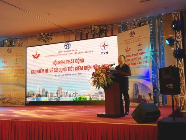 Phó Chủ tịch Thường trực UBND TP Hà Nội Nguyễn Văn Sửu phát biểu chỉ đạo hội nghị