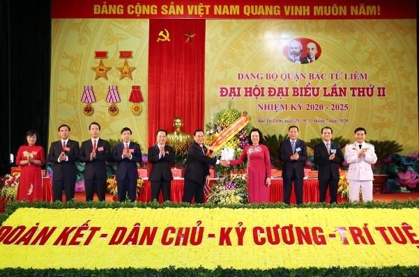 Phó Bí thư Thường trực Thành ủy Hà Nội Ngô Thị Thanh Hằng chúc mừng đại hội đại biểu lần thứ II quận Bắc Từ Liêm