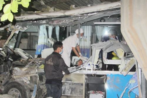 Điều tra nguyên nhân vụ tai nạn làm 10 người tử vong ở Bình Thuận ảnh 1