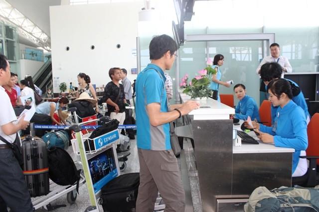 Hành lý được kiểm tra, vận chuyển như thế nào ở sân bay? ảnh 1