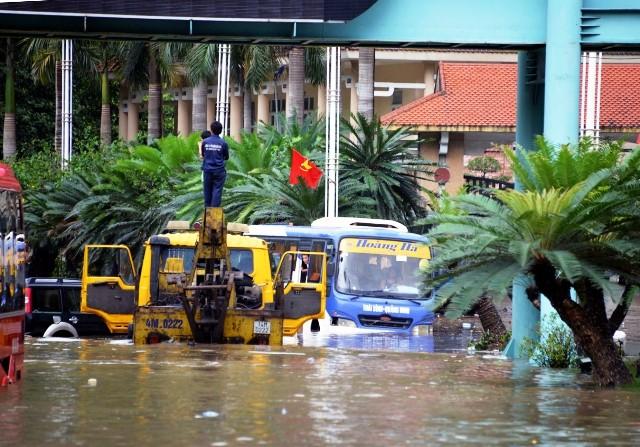 Quảng Ninh chìm trong trận mưa lũ lớn nhất trong vòng 4 thập kỷ ảnh 1